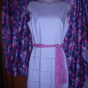 Eliza J White dress Size 8